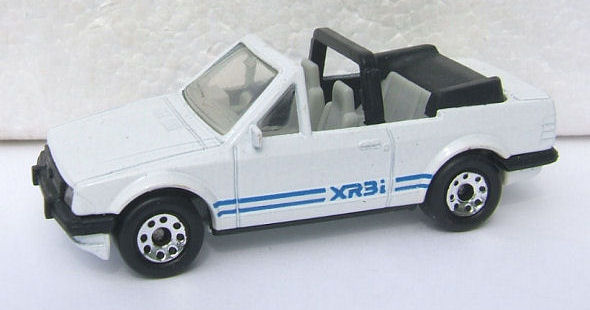 MATCHBOX 1.75 1985 FORD ESCORT CABRIOLET MK3 BOXED COMBINED POSTAGE SEE PICTURE